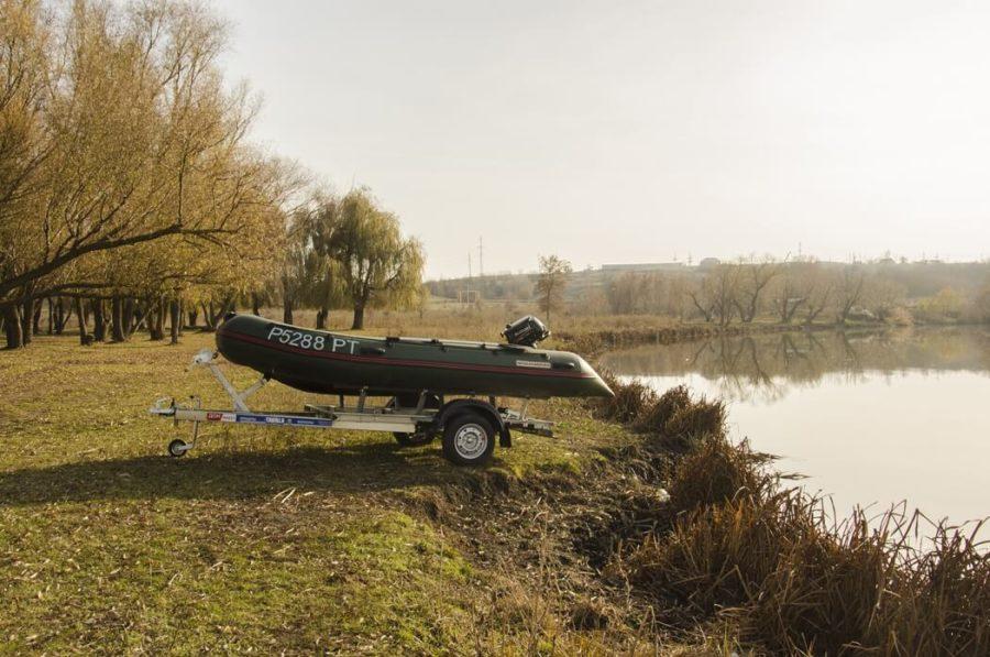 Легковой автоприцеп для перевозки лодки ДОН Н4221