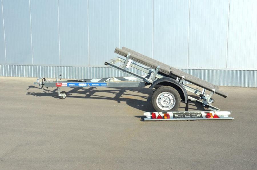 Легковой автоприцеп с ложементами для лодки ДОН Н4221